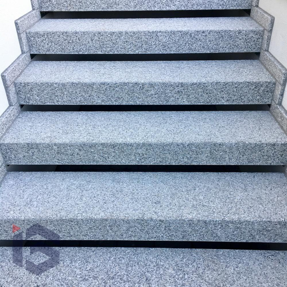 schody-granitowe-igranit-zdjecie-2
